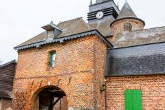 Porche de l'église fortifiée